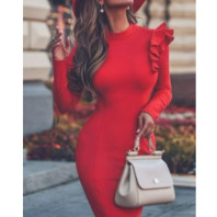 Women's dress with a cut on the body vm4050