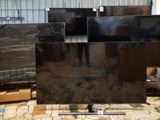 Mix of TVs pallets 58+ inch working with defects/missing - 8 pcs