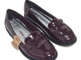 Burgundy lacquer Sprox kids shoes with leather inner sole