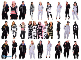 400 brands of sports suits tracksuits jumpsuits in the mix only 4 €